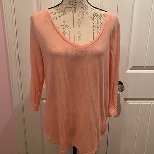 American Eagle peach stretchy top